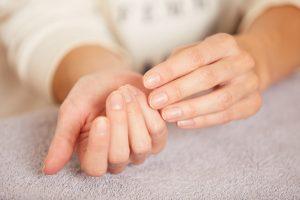 natuerlich gesunde naegel nagelpflege